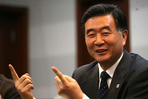 汪洋出席财富全球论坛 与韩正的常委分工或有变