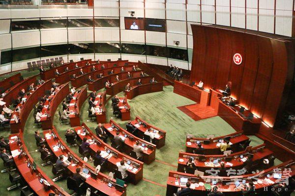 行政长官林郑月娥发表任内首份施政报告。(摄影:梁路思)