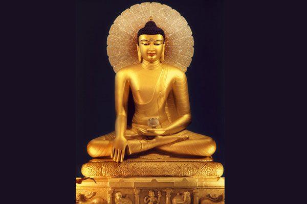 釋迦摩尼三十五歲等身像(wikimedia/Геше Джампа Тинлей)