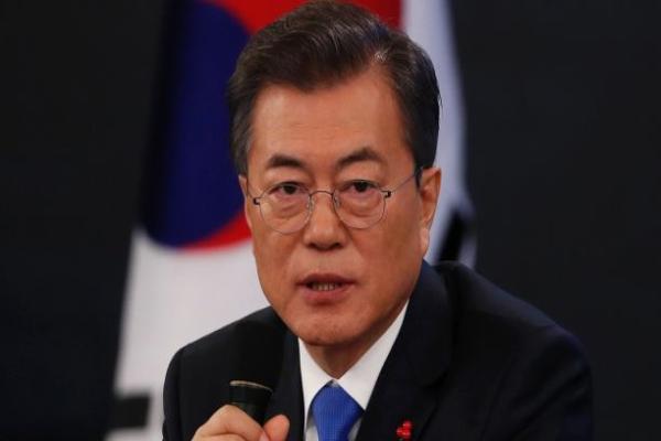 图中为韩国总统文在寅(美联社图片)。