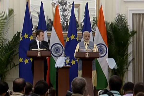 法总统马克龙与印总理莫迪3月10日发表联合声明(DD News视频截图)