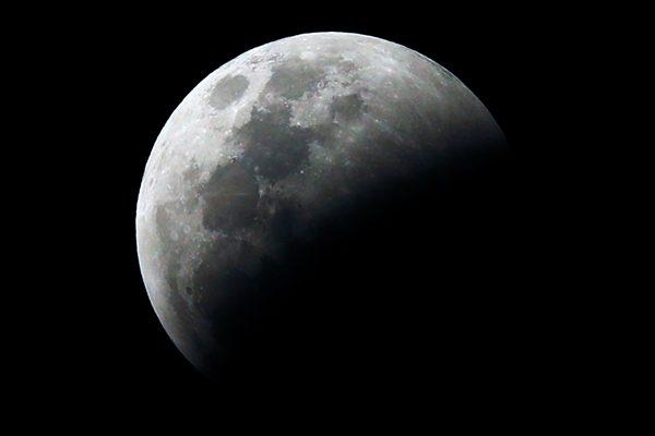 NASA为月球轨道中转站选择第一家承包商