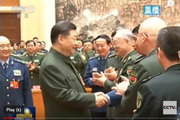 习近平与江泽民大秘握手,央视镜头被剪掉。(视频截图)