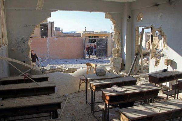叙利亚学校遭空袭 联合国要求进行战争罪调查