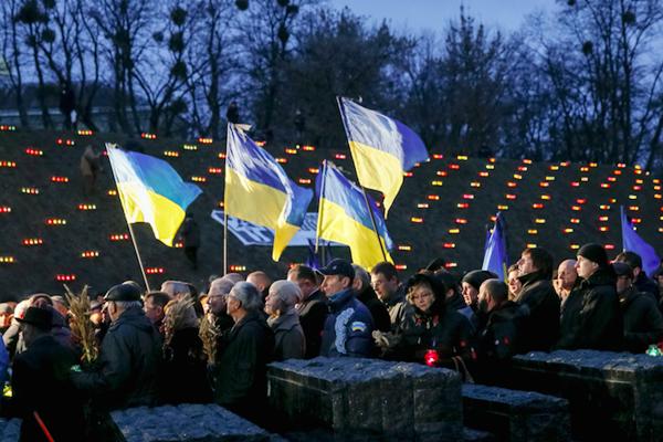 乌克兰纪念大饥荒受害者(网络图片)
