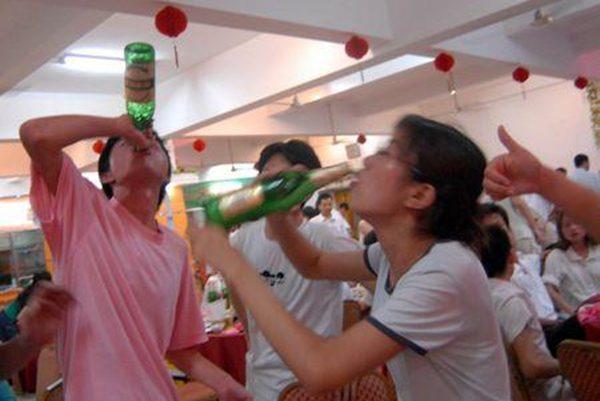 年底应酬多怎样喝酒不伤身?教你几招避免喝醉,缓解酒后不适