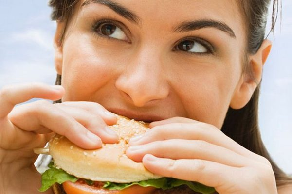 Cell子刊证实:吃什么很重要 咀嚼也非常重要
