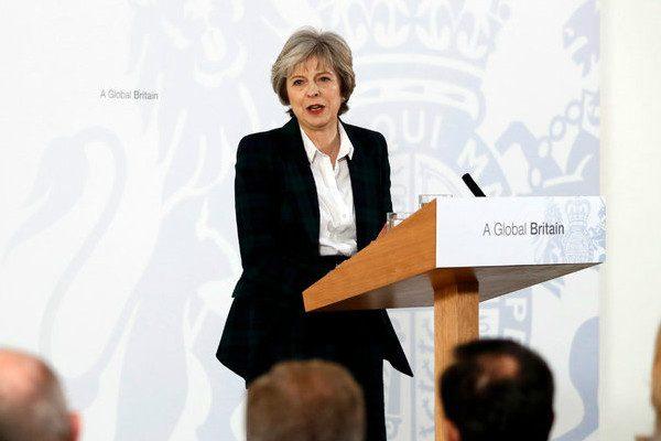 英国首相:英国将净身脱欧
