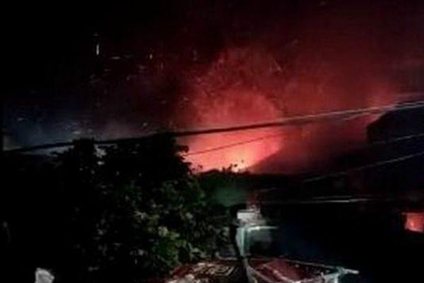 中共军直升机坠毁福建坠毁起火 两飞行员遇难