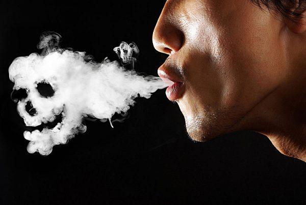 中国每天7.4亿人生活在二手烟的环境中
