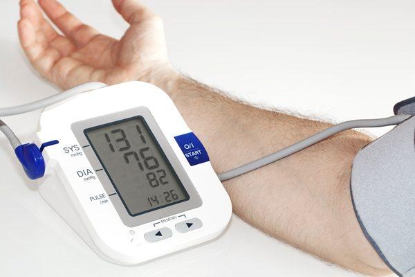 服药控制血压 要降到多少才正常?
