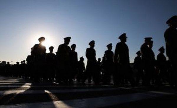 武警大塌方 传71将官被处理 11人自杀