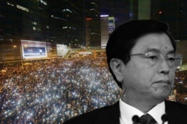 江派常委张德江近日已经抵达深圳会晤香港的建制派选委 要求他们支持前政务司长林郑月娥参选特首