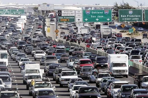 研究:洛杉矶 纽约 旧金山是美国交通最堵塞城市
