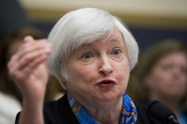 美联储:保持利率不变 将缓慢升息