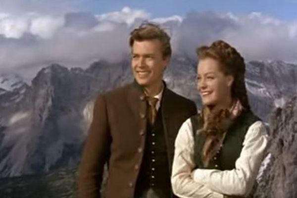 沿着弗朗茨皇帝与茜茜公主的足蹟– 探寻阿尔卑斯壮美山川!