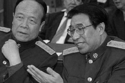 军方提郭徐架空旧事 胡锦涛频露面 江处境危