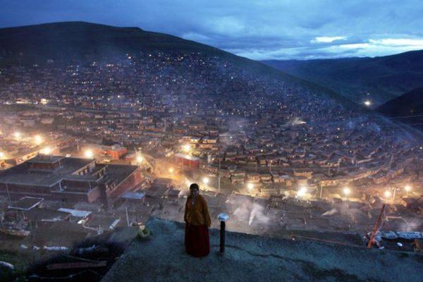 联合国人权撰稿人谴责中共驱逐藏区僧尼
