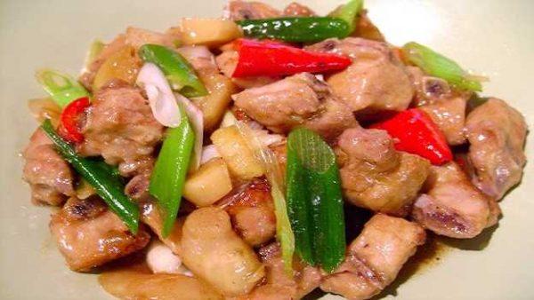 【梁厨美食】京葱子姜炆排骨