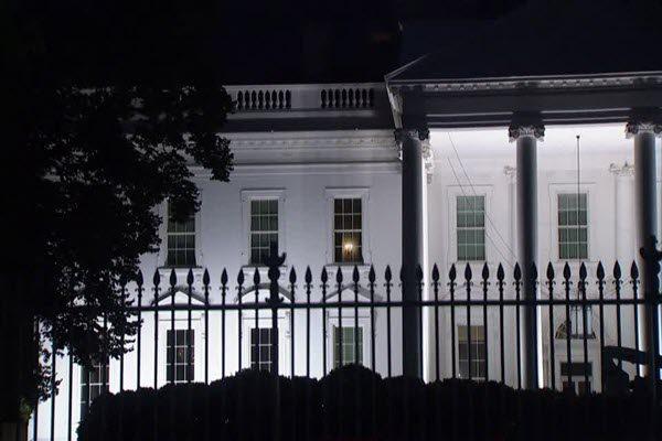 """亚裔男子翻墙白宫""""赴约""""总统被捕 川普称特勤局""""很棒"""""""