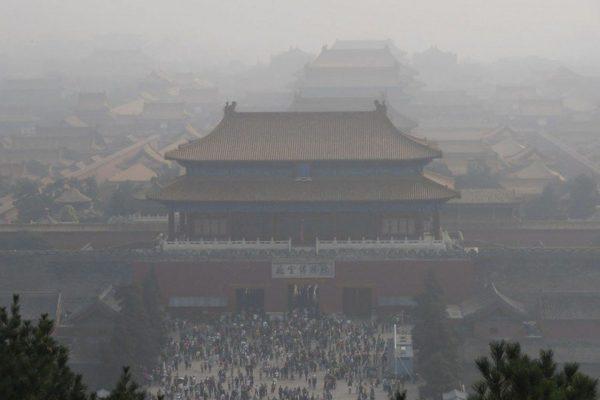 雾霾致日韩3万人早逝 南韩环保人士状告北京