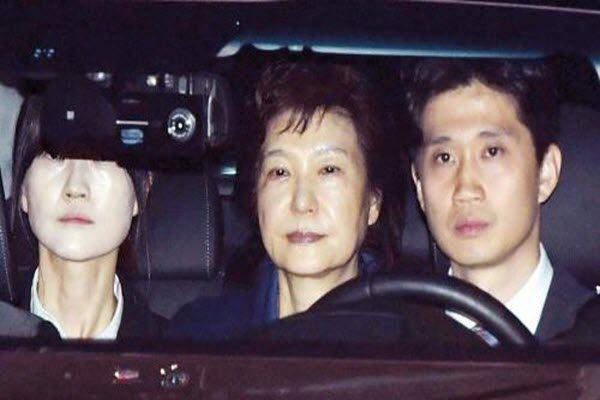 朴槿惠延期羁押十天 第三次讯问仍否认控罪