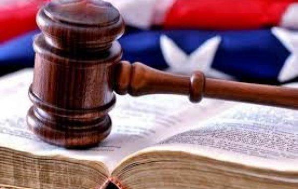 川普:考虑拆分第9巡回法院辖区