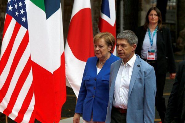 默克尔携丈夫出席G7峰会