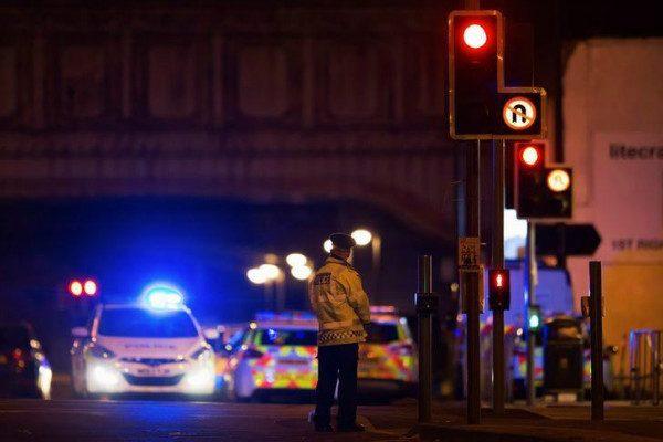 曼徹斯特爆炸案 :伊斯蘭國支持者慶祝 目前無組織承擔責任