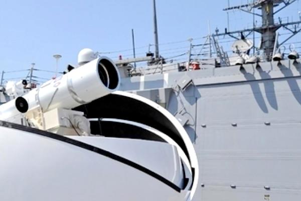 川普态度转为强硬 首次派军舰前往南海自由巡航