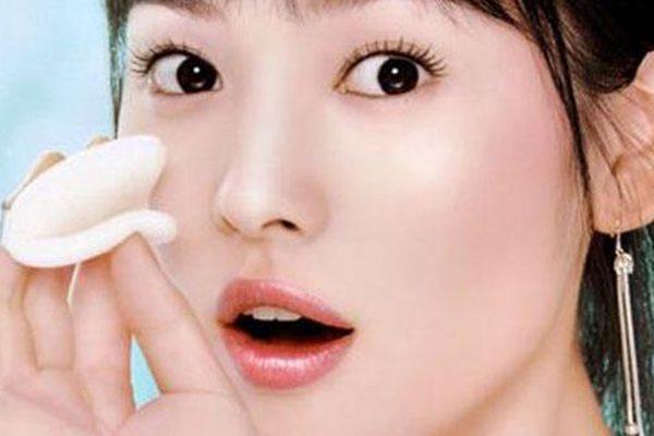 (视频)70%的人脸部都长满螨虫!只需几毛钱,就能把脸上螨虫杀光光!