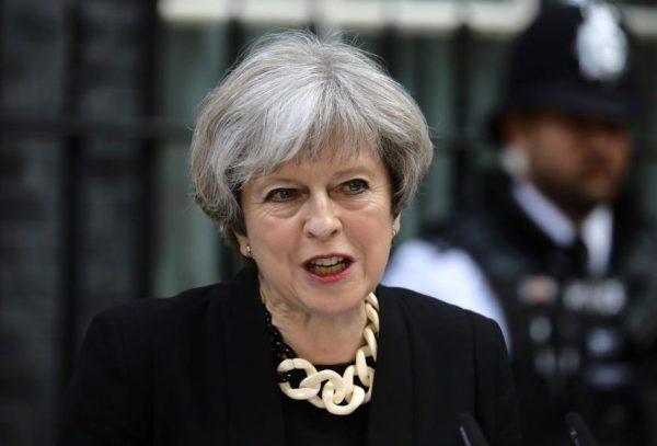 英首相称警方已掌握伦敦恐袭案三嫌疑人身份