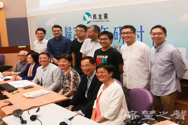 香港回归20年一国两制已走样变形 李柱铭斥共产党治港失败