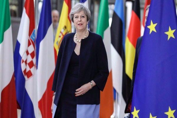 英国脱欧 英相:欧洲公民将有权留在英国