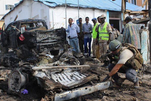 索马里阿富汗首都同日遭恐怖袭击 逾百人伤亡