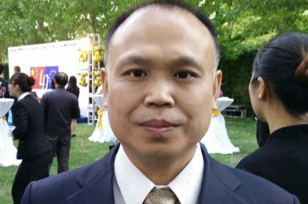 余文生因帮助709律师王全璋控告官员遭不予年检