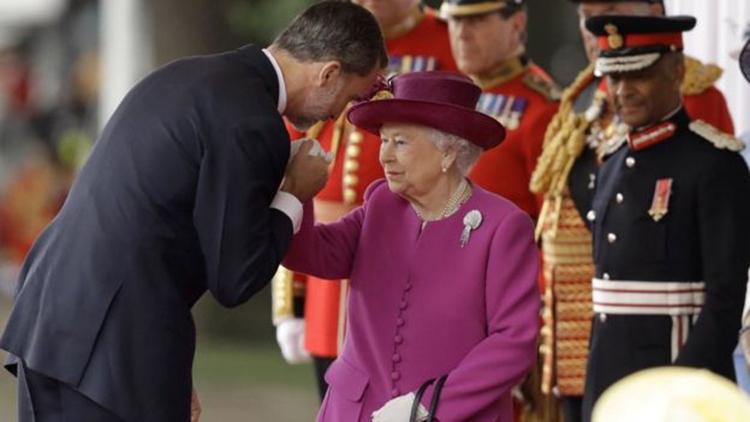 英国女王伊丽莎白二世获西班牙国王费利佩六世问候。(网络图片)
