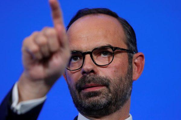 法国明年拟减税缩赤字 激活经济显决心