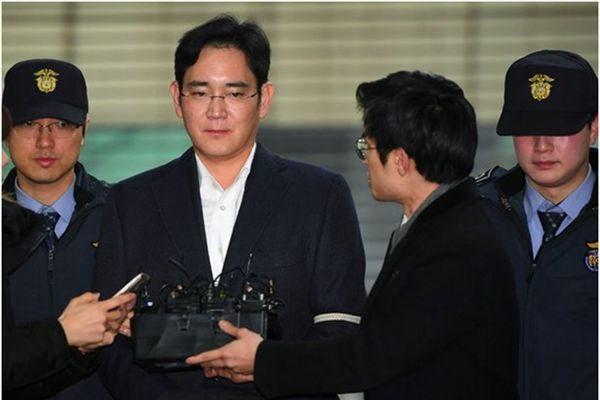 三星副会长李在镕受贿案终审 韩检求刑12年