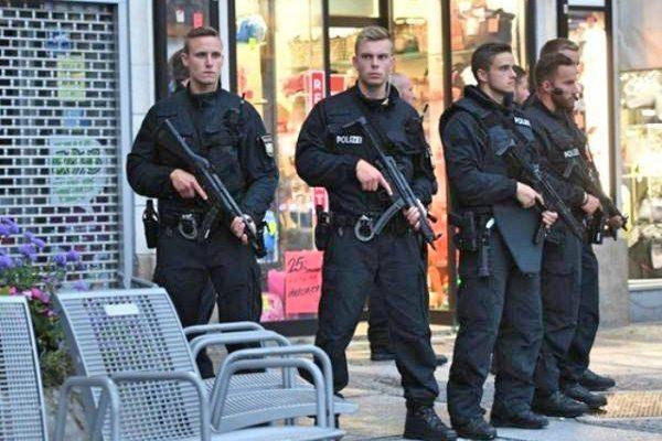 芬兰发生刺伤事件2死8伤 欧洲恐袭案再添冤魂