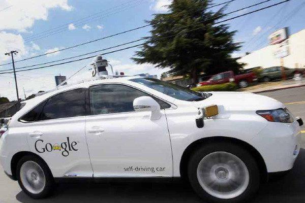 无人驾驶汽车(图片来源:维基百科)