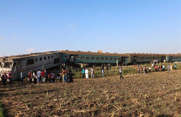 埃及两列火车相撞升至49死179伤 暂无中国公民伤亡消息
