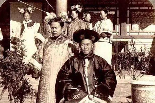 光绪帝 (图片来源:维基百科)