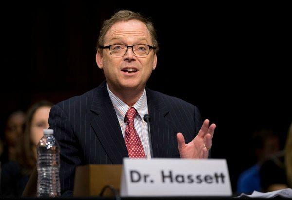胡德任命的哈塞特将出任白宫经济顾问委员会主席。(美联社)