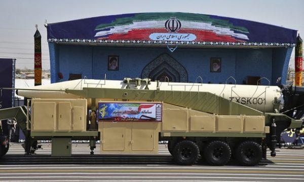 伊朗测试新弹道导弹