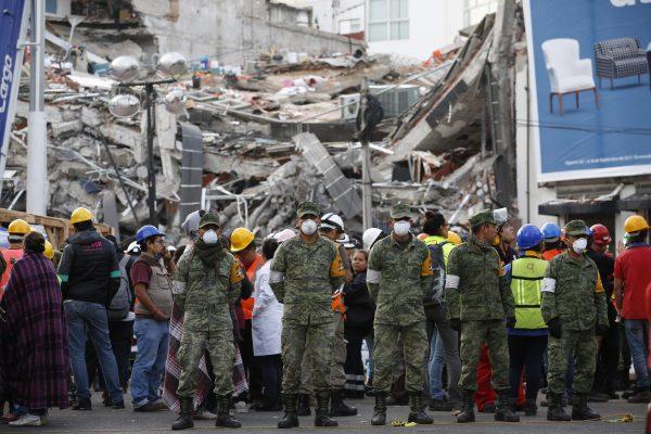 仅半月 6.1级地震再袭墨西哥 两次地震至少400人死亡