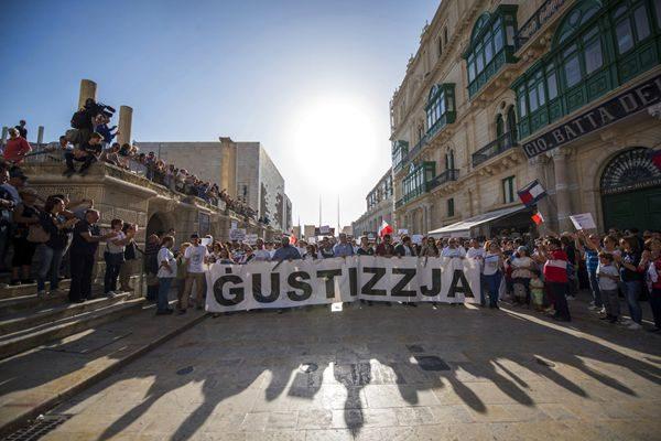 哀悼反贪女记者 马耳他示威者吁政府缉凶