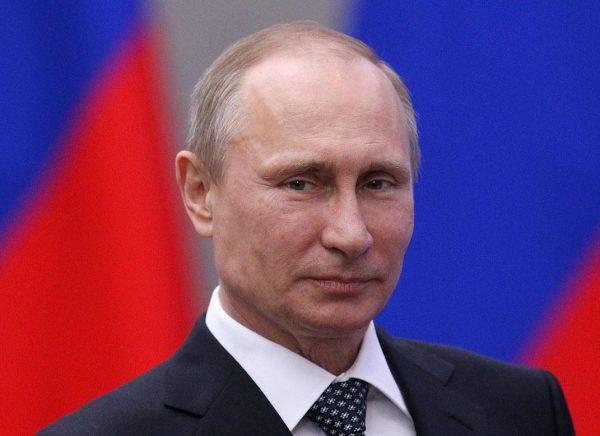 俄罗斯多地举行示威求普京下台 200多人被逮捕