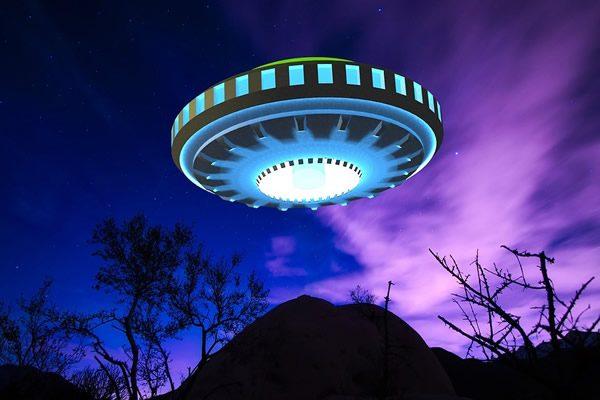 不明飞行物(UFO)(图片来源:Pixabay)
