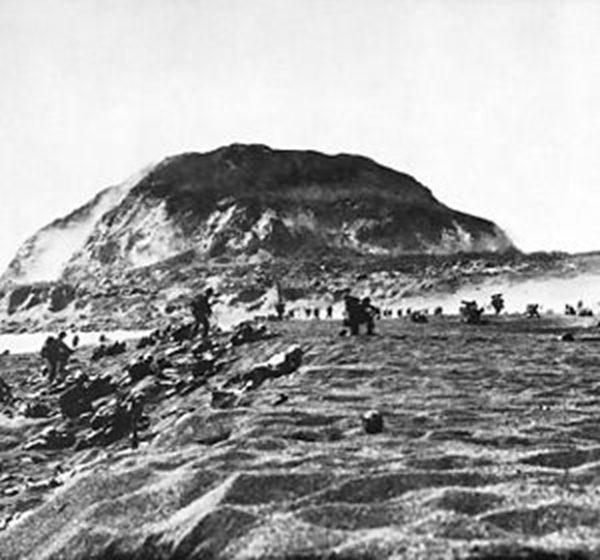 硫磺岛 (图片来源:维基百科)